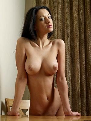 Belle prostitué massage sexe Nice (06) ✔️ Zelie, 42 ans