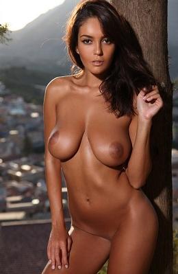 Belle escort avec téléphone Nice 💜 Tara, 38 ans